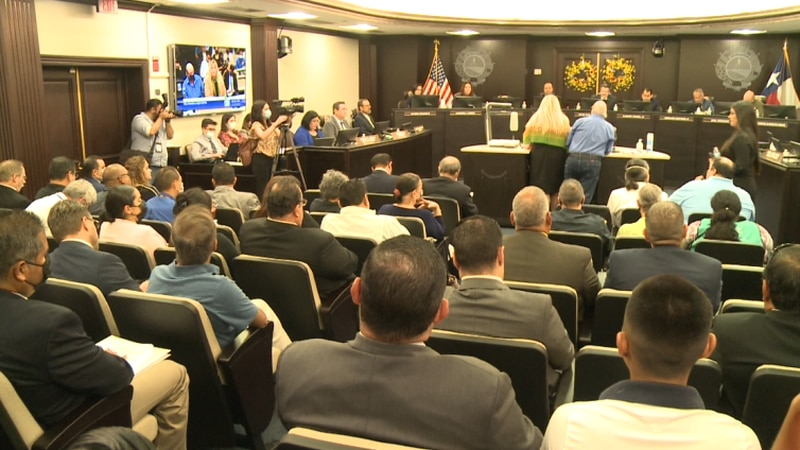 Former council members speak out against water conditions
