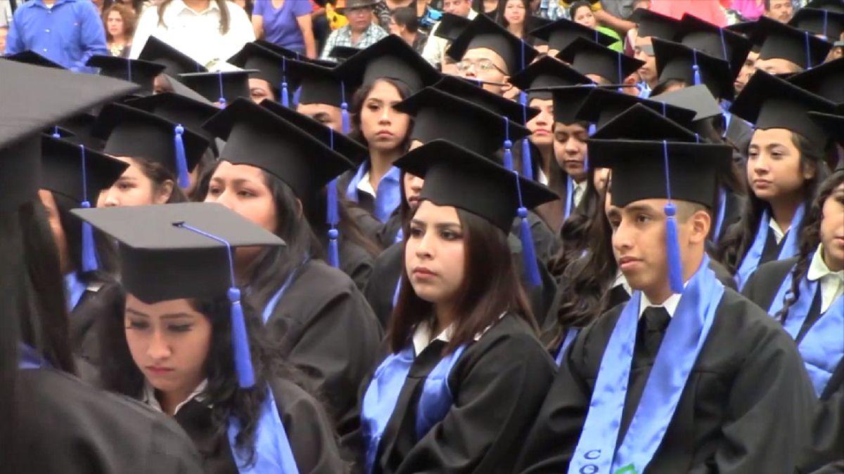 Nuevo Laredo Graduations
