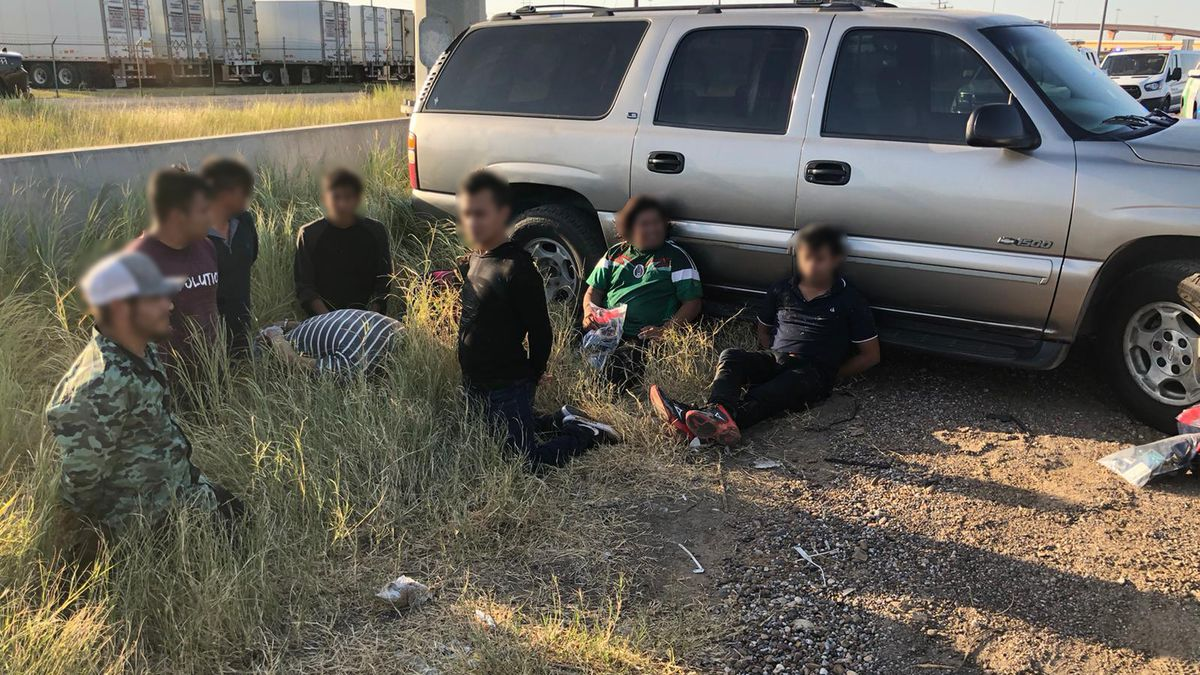Border Patrol agents foil human smuggling attempt