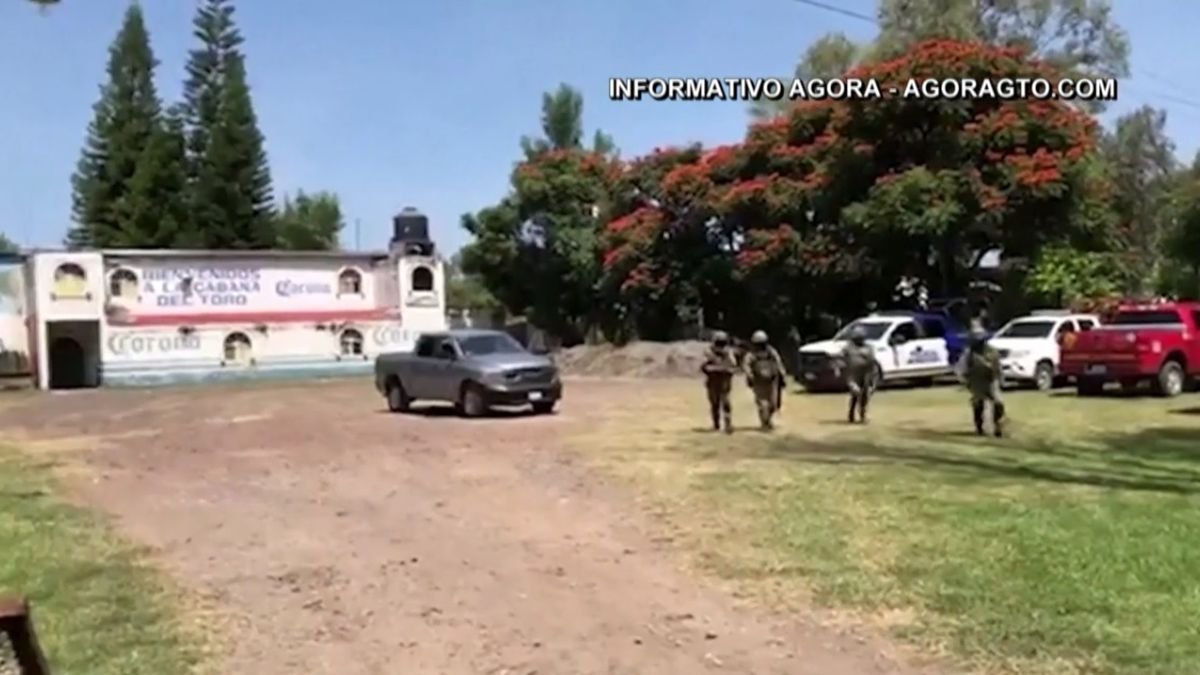 Bar shooting leaves 11 dead in Mexico