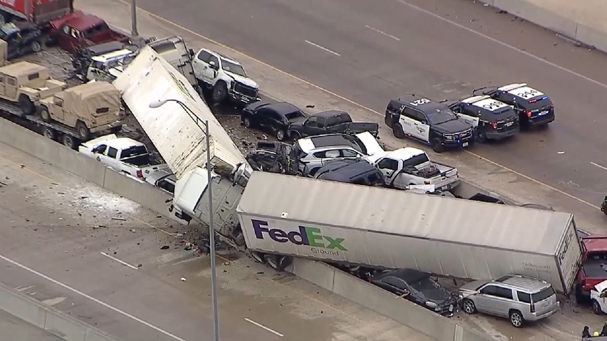 Officials investigating massive vehicle pile up in Fort Worth