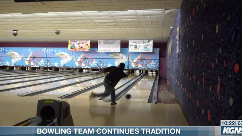 Bowling team continues tradition
