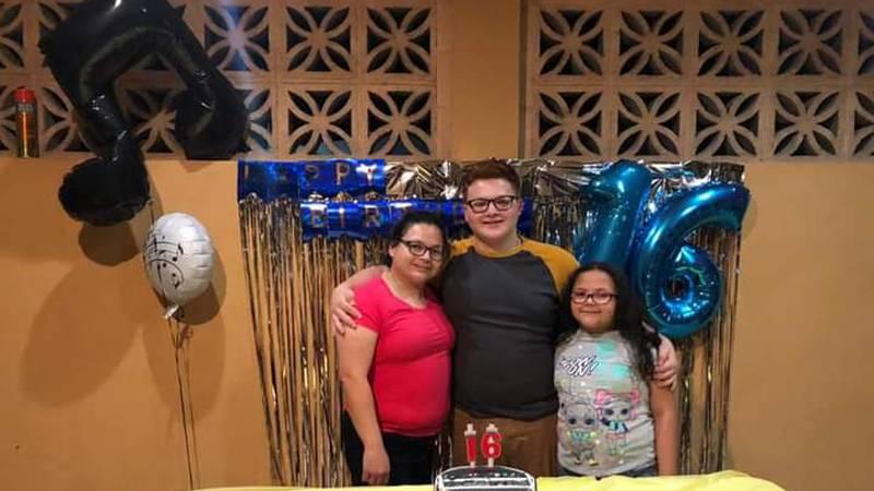 FBI seeks public's help in locating missing Laredo family