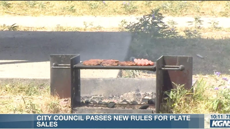 City council passes new rules for plate sales