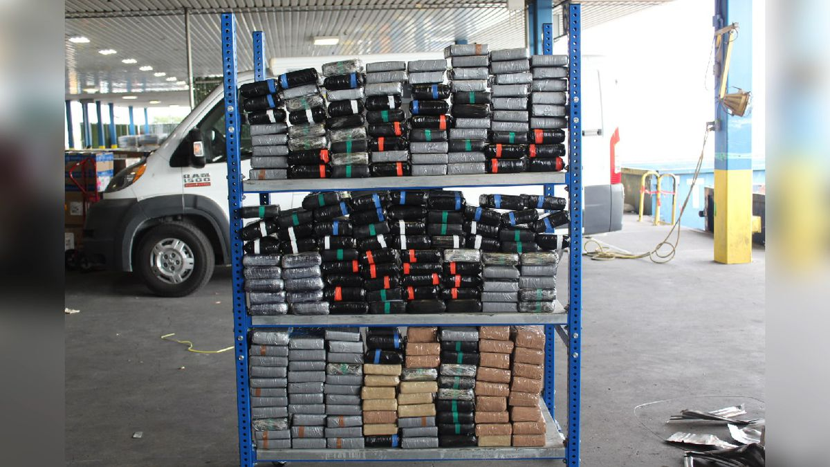 Federal agents seize nearly seven million dollars of cocaine