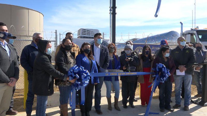 County announce completion of La Presa Water Dispenser
