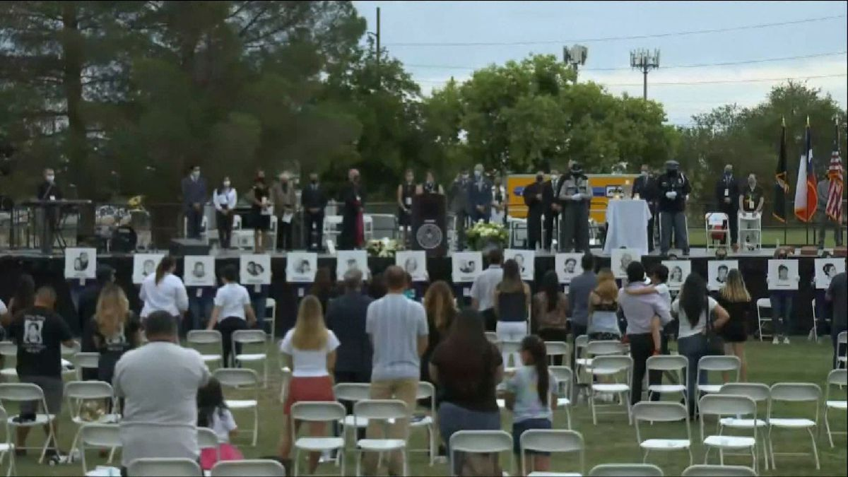 Residents pay tribute to those lives that were lost one year ago during mass shooting
