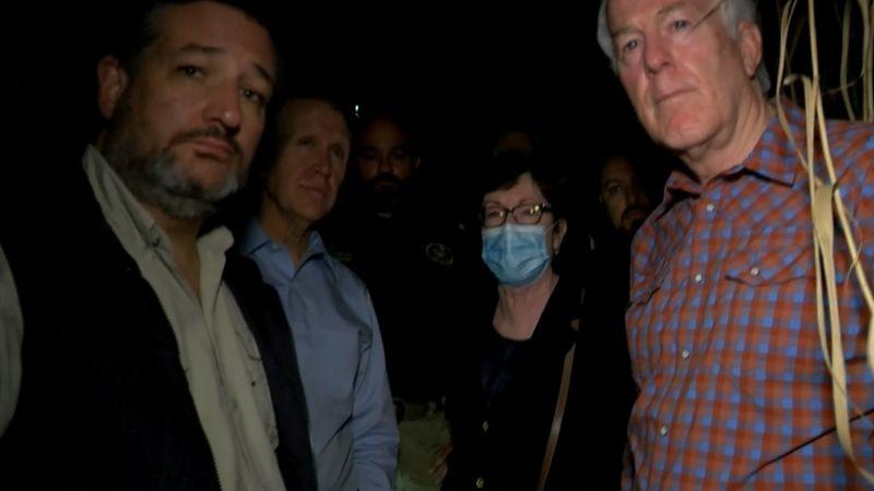 GOP Senators tour southern border