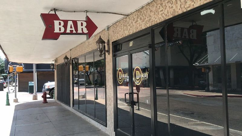 Webb County bars scheduled to close
