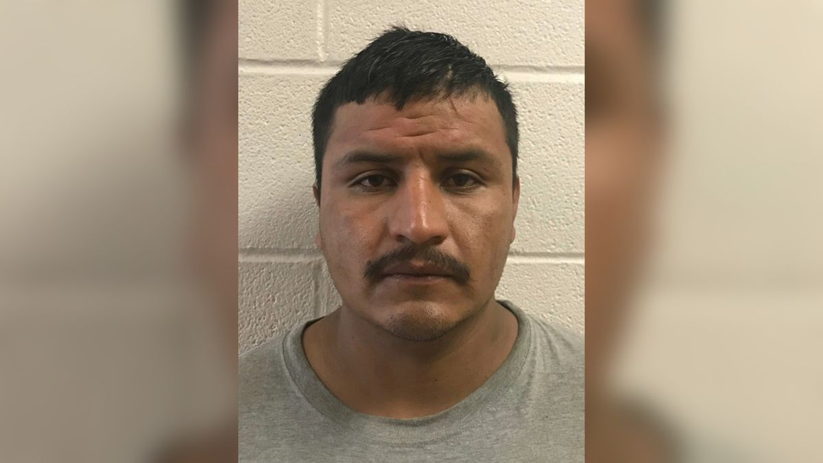 Border Patrol agents arrest wanted sex offender