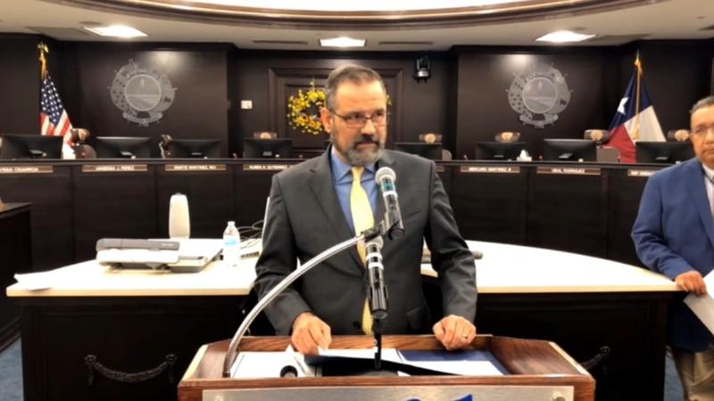 City Manager Robert Eads
