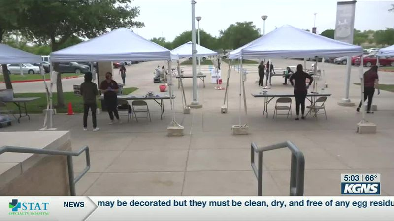TAMIU holds student vaccine clinic